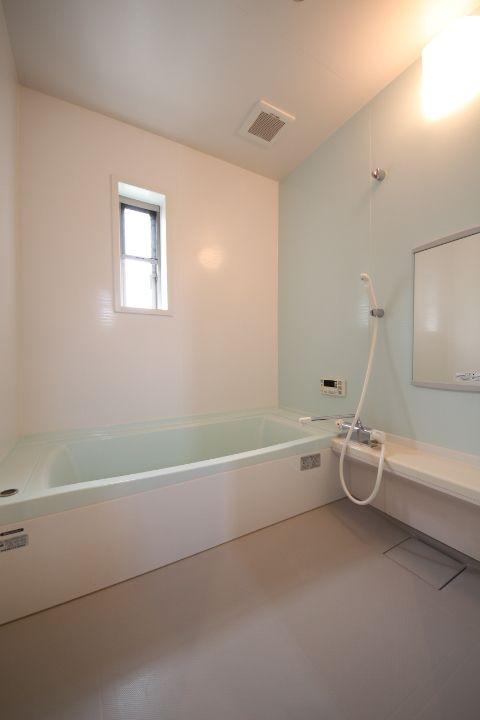 唐津市 賃貸 アルファセゾン 浴室写真